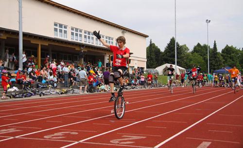 Bayerische Meisterschaft Einrad Rennen in Pocking 2009 Radlauf